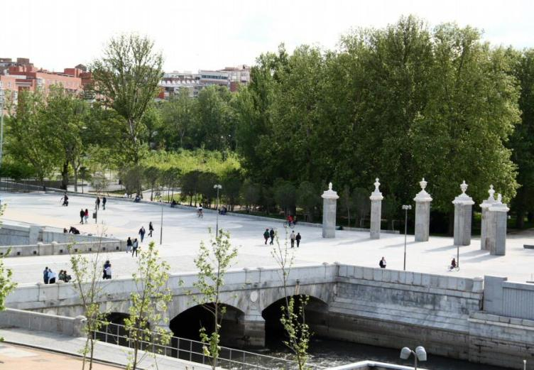 fotos-madrid-rio-puente-rey-007