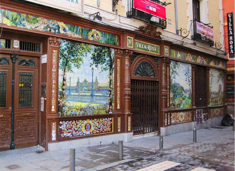 Paseo de azulejos