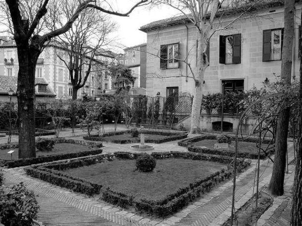 jardin del palacio de anglona