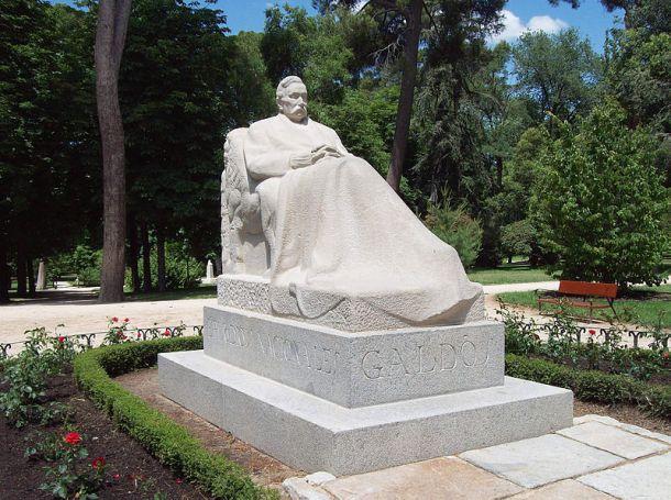 Monumento_a_Galdós_(Victorio_Macho,_Madrid)_01