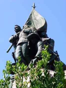 Madrid_-_Monumento_al_General_Vara_de_Rey_y_a_los_héroes_del_Caney_01