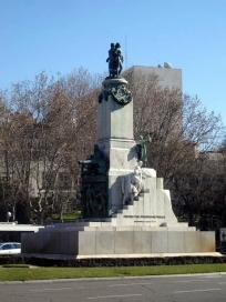 monumento a castelar 2