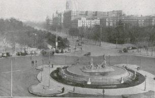 plaza neptuno 1925.jpg