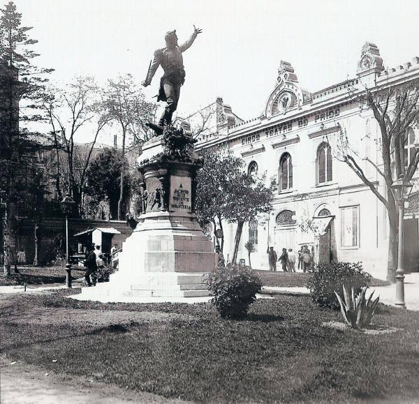 plaza del rey.jpg
