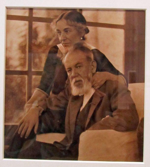 sorolla y clotilde 1923.jpg