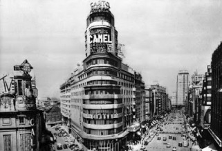 edificio-carrion-anuncio-camel