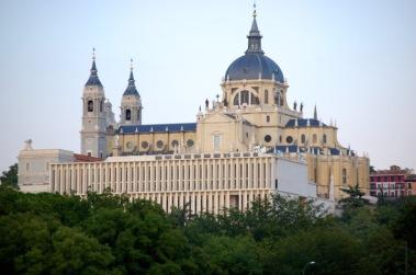Catedral-de-la-Almudena-1.jpg