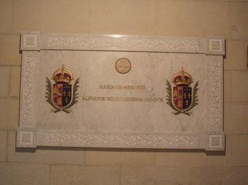 maria-de-las-mercedes-sepultura-la-almudena