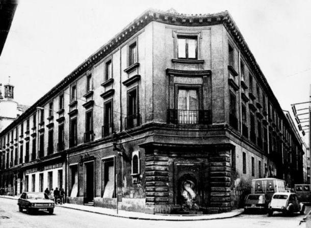 ESCUELAS PIAS DE SAN ANTON.jpg