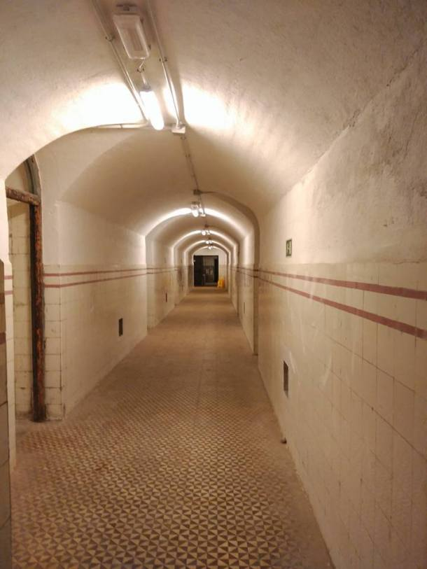 bunker del capricho.jpg