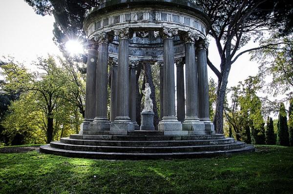 parque-el-capricho-madrid-600x398.jpg