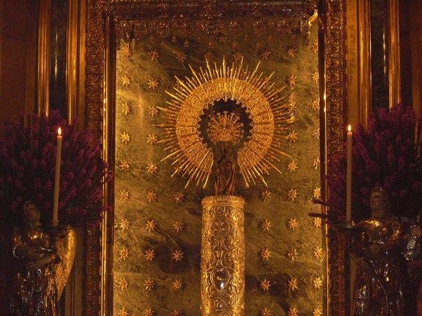 Virgen_del_Pilar_sin_manto.jpg