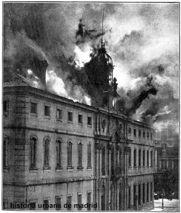 incendio del palacio de justicia 2 .jpg