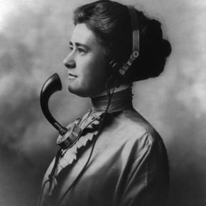 PRIMER DIA DE SERVICIO TELEFONICO EN ESPAÑA 24 DE AGOSTO DE1924